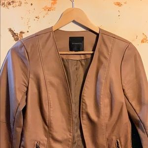 3/$50 🥰 Beautiful Dynamite coat